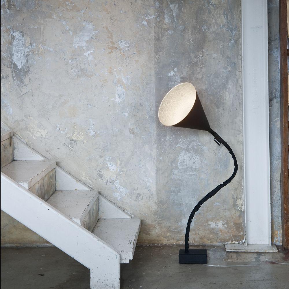 flower lavagna design bodenstehleuchte aus italien. Black Bedroom Furniture Sets. Home Design Ideas