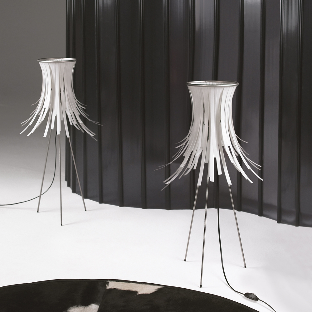 bety filigran verspielte tischleuchte. Black Bedroom Furniture Sets. Home Design Ideas