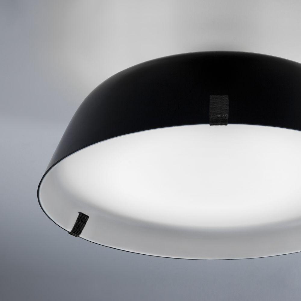 elegante deckenleuchte mit weichem lichtaustritt. Black Bedroom Furniture Sets. Home Design Ideas